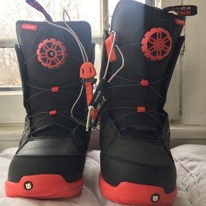 Burton ⚡️ 7 Youth snow boots snowboard big Kids